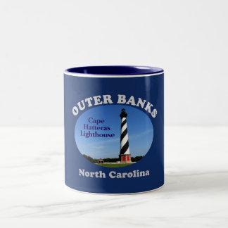 Farol de Hatteras do cabo --Caneca de café--Bancos Caneca De Café Em Dois Tons
