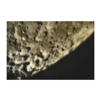 Feche acima da lona da parede da cratera de lua impressão em tela