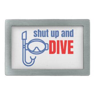 Feche acima e mergulhe