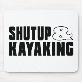 Feche acima & KAYAKING Mouse Pad