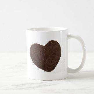 Feijões de café, aterrados, amor da caneca