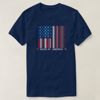 Feito 4 de julho na camisa do código de barras de