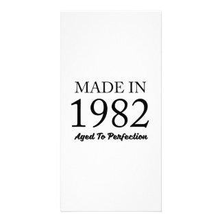 Feito em 1982 cartão