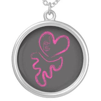 Feito no rosa/preto extremos da colar do coração