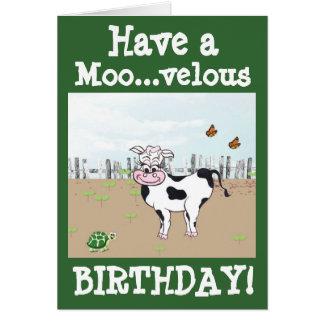 Feliz aniversario - cartão customizável da vaca