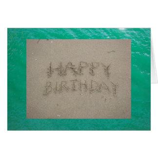 Feliz aniversario na praia cartões