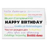 Feliz aniversario no cartão de muitas línguas