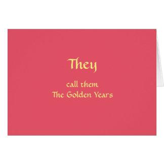 Feliz aniversario para pessoas mais idosas cartão de nota