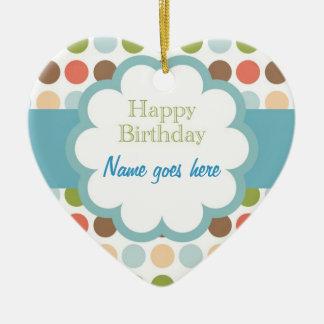 Feliz aniversario (pontos do poka) ornamento de cerâmica coração