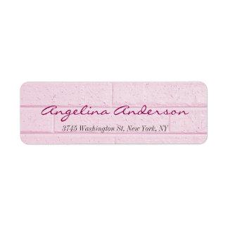 Feminino moderno da escrita cor-de-rosa à moda da etiqueta endereço de retorno