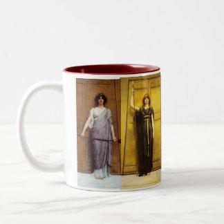 Feminino sagrado da sacerdotisa antiga caneca de café em dois tons