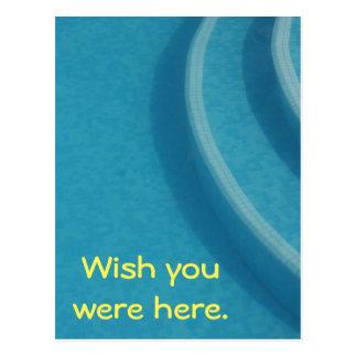 Férias das férias de verão da piscina cartão postal