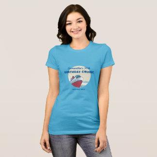 Férias do cruzeiro do aniversário com navio de camiseta