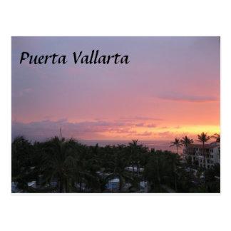 Férias do por do sol de México Puerta Vallarta Cartão Postal
