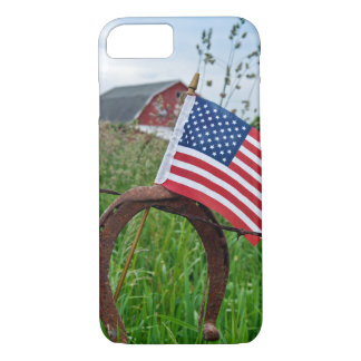 ferraduras e bandeira americana na cerca capa iPhone 8/ 7