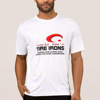 Ferros de pneu do tio Leo 4 gerações atléticas T-shirt