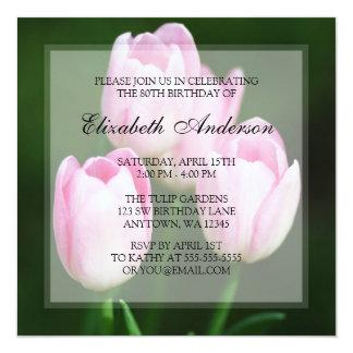 Festa de aniversário cor-de-rosa do 80 das tulipas convites personalizado
