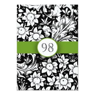 festa de aniversário preto e branco do laço verde convite 12.7 x 17.78cm