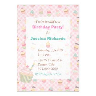Festa de aniversário verde cor-de-rosa do cupcake convite 12.7 x 17.78cm