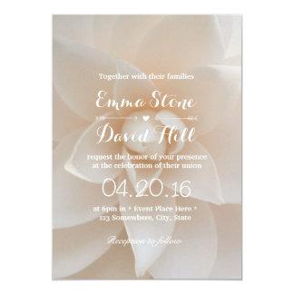 Festa de casamento floral branca simples do jardim convite personalizado