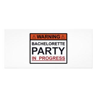 Festa de solteira de advertência em andamento 10.16 x 22.86cm panfleto