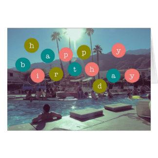 Festa na piscina de Palm Spring do cartão do feliz