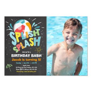 Festa na piscina do convite do aniversário do