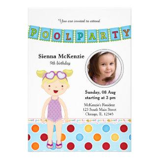 Festa na piscina (menina) com uma foto convite personalizado