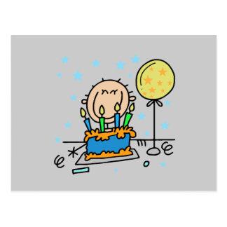 Figura menino da vara com os presentes do bolo de cartão postal
