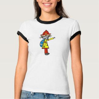 Figura sapador-bombeiro da vara com t-shirt da