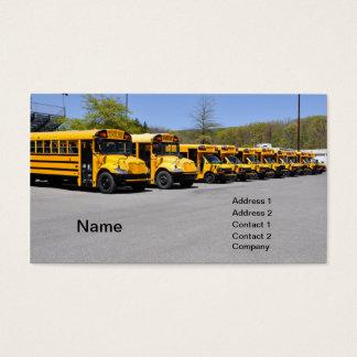 fileira de auto escolares amarelos cartão de visitas