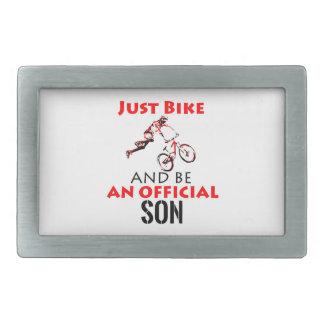 filho do cavaleiro da bicicleta