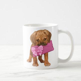Filhote de cachorro de Puggle e embreagem do arco Caneca De Café