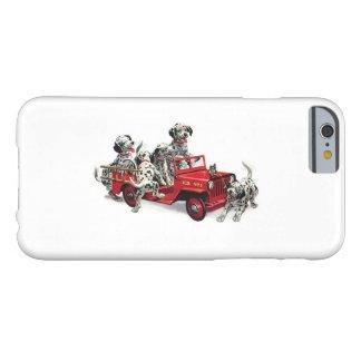 Filhotes de cachorro Dalmatian com carro de Capa Barely There Para iPhone 6