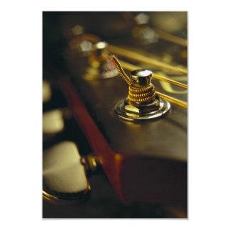 Fim-Acima do Headstock da guitarra acústica Convite 8.89 X 12.7cm