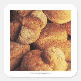 fim-acima do pão cozido adesivo quadrado