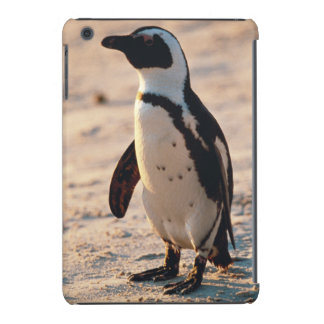 Fim-acima do pinguim novo capa para iPad mini retina