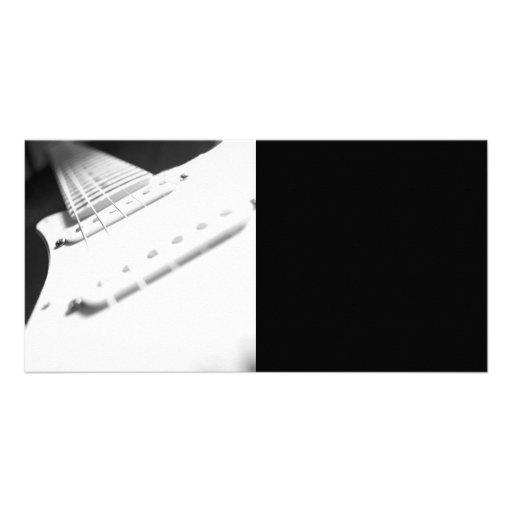 Fim-Acima monocromático 2 da guitarra elétrica de  Cartão Com Fotos