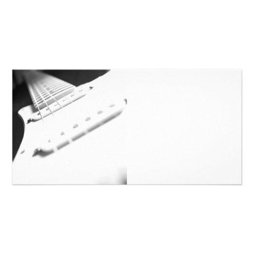 Fim-Acima monocromático 2 da guitarra elétrica de  Cartao Com Fotos