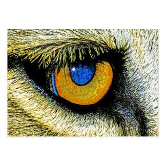 Fim do olho dos leões acima de (2) cartão de visita grande