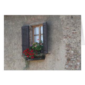 Finestra Di Casa de campo, Toscana, Italia Cartão