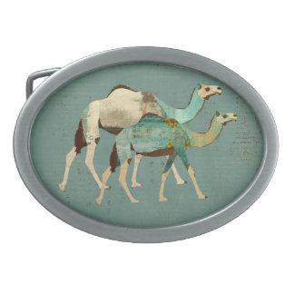 Fivela de cinto sonhadora azul dos camelos