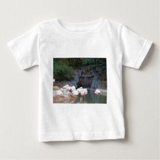 Flamingo e cachoeira tshirts