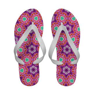 Flip-flops abstratos coloridos - Groovy!