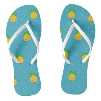 Flip-flops brancos azuis do abacaxi doce do kawaii chinelos
