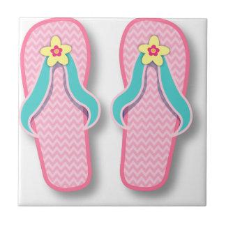 Flip-flops cor-de-rosa do verão azulejo quadrado pequeno