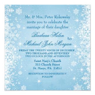 Flocos de neve brancos no convite azul do