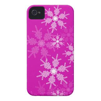 Flocos de neve na moda do rosa e do White Capa Para iPhone 4 Case-Mate