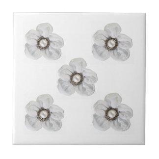 Flor branca azulejo quadrado pequeno
