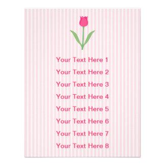 Flor cor-de-rosa bonito da tulipa convite